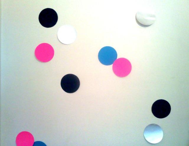 Wall confetti4